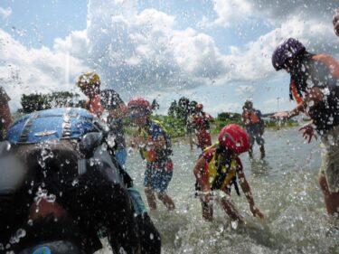 足羽川で川流れ体験!